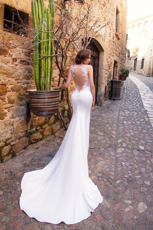 Свадебный салон Bonjour Galerie Свадебное платье «Adriana» из коллекции LA SENSUALITE - фото 3