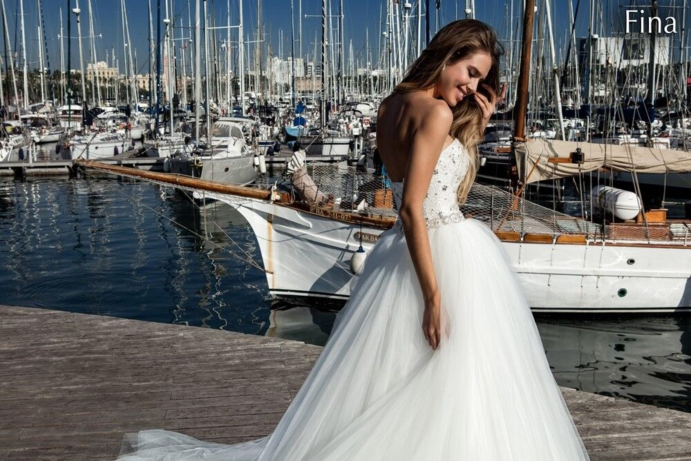 Свадебный салон Bonjour Galerie Свадебное платье «Fina» из коллекции LA POESIE - фото 4