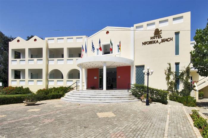 Туристическое агентство EcoTravel Пляжный авиатур в Грецию, Пелопоннес, Niforeika Beach Hotel & Bungalows 3* - фото 2