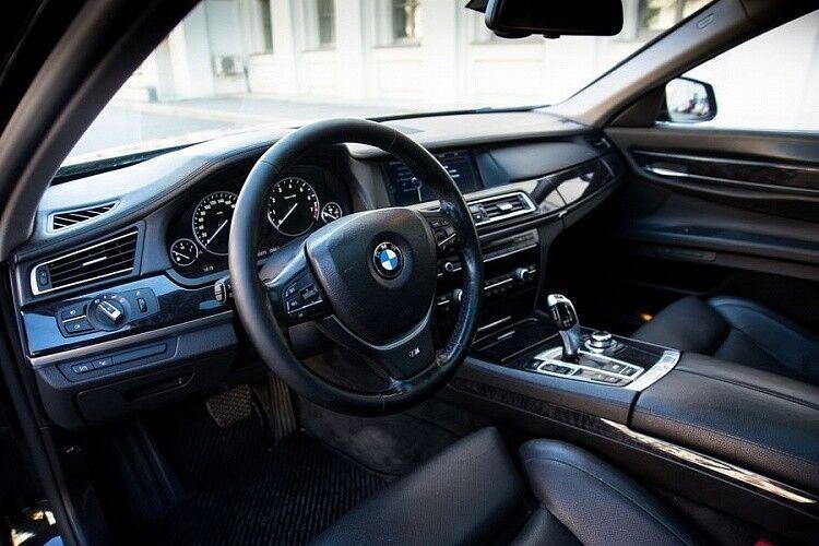 Прокат авто BMW F02 7 series черного цвета - фото 7