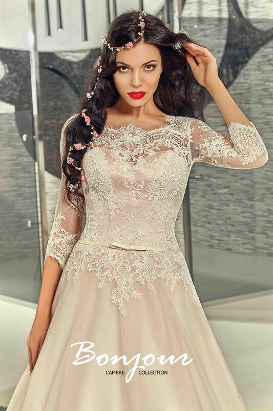 Свадебный салон Bonjour Свадебное платье «Fibi» из коллекции LAMBRE 2017 - фото 3