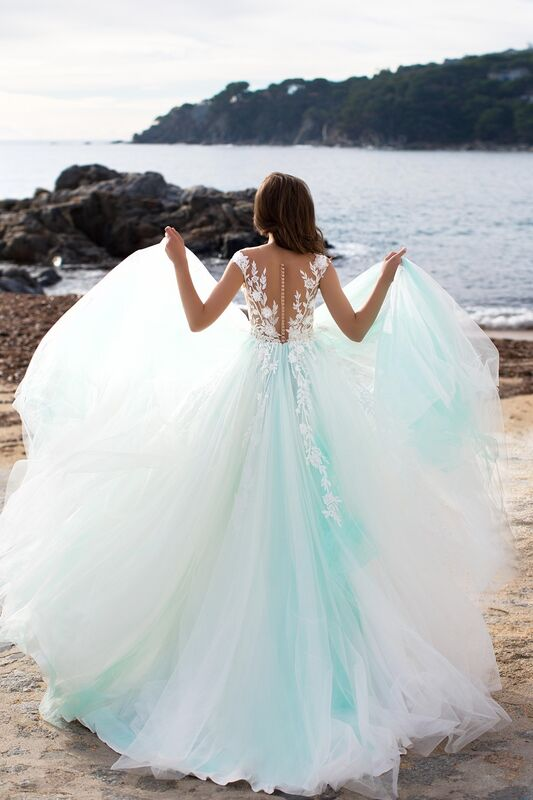 Свадебное платье напрокат Bonjour Платье свадебное «Ernesta» из коллекции LA SENSUALITE 2017 - фото 3