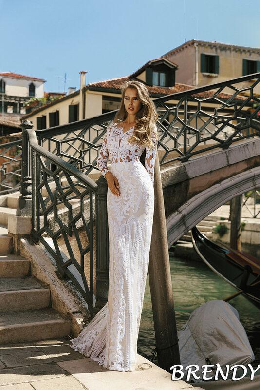 Свадебный салон Bonjour Galerie Свадебное платье Brendy из коллекции La Douceur - фото 1