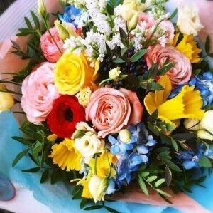 Магазин цветов Прекрасная садовница Букет с гортензией, сиренью и розами - фото 1