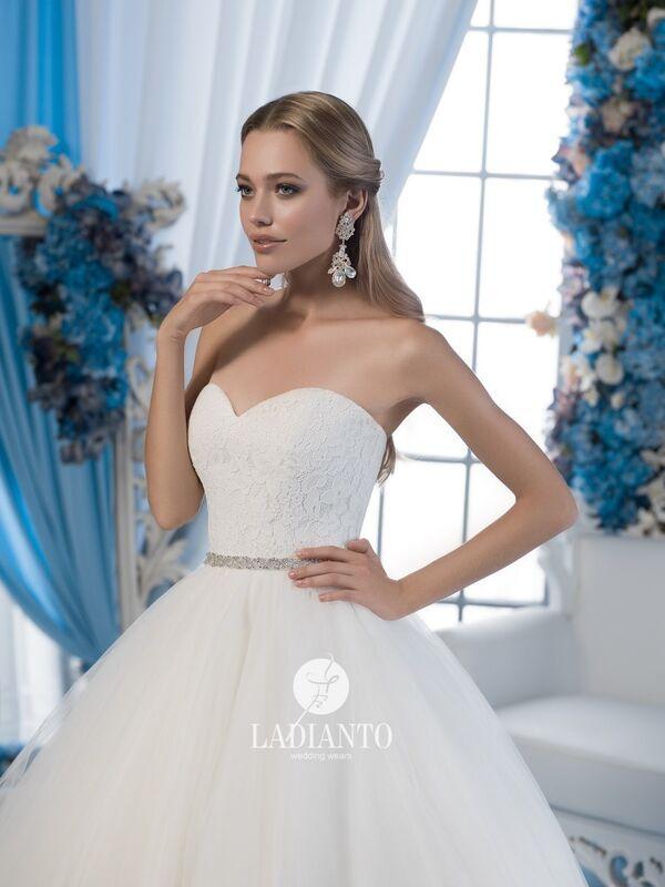 Свадебное платье напрокат Ladianto Платье свадебное D-7029 Leonzia - фото 3