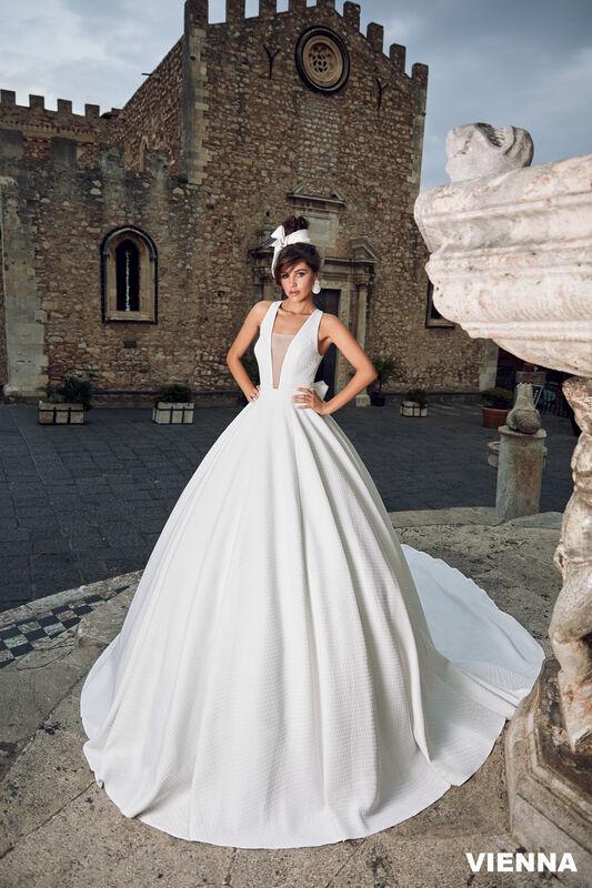Свадебный салон Bonjour Galerie Платье свадебное VIENNA из коллекции BELLA SICILIA - фото 1