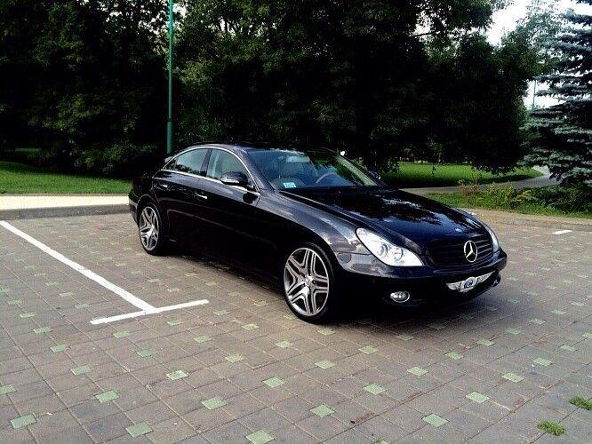 Прокат авто Mercedes-Benz W219 CLS Чёрного цвета - фото 1