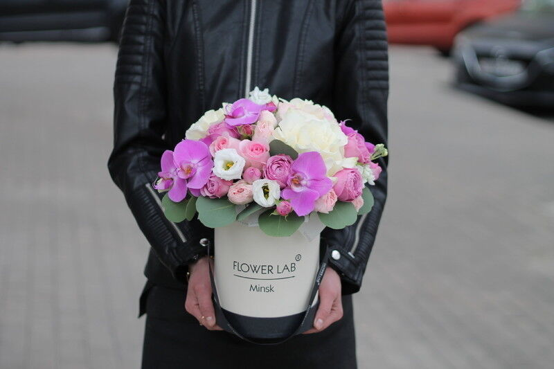 Магазин цветов Cvetok.by Коробочка «Афина» - фото 1