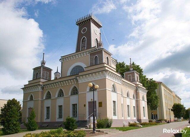 Достопримечательность Чечерская ратуша Фото - фото 1