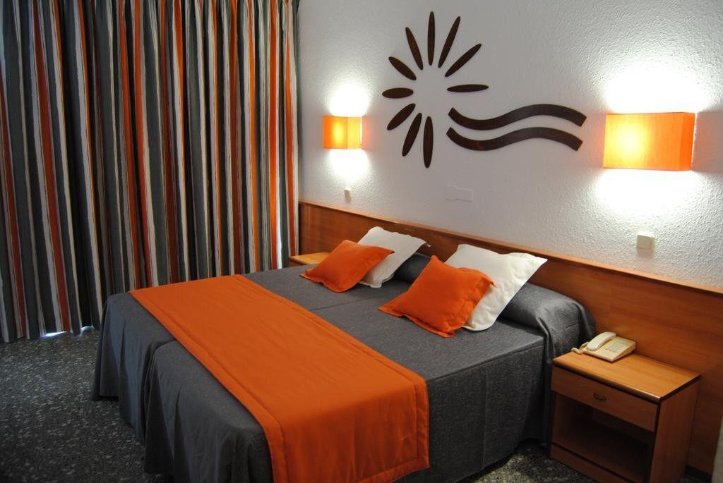 Туристическое агентство Санни Дэйс Пляжный авиатур в Испанию, Коста Дорада, Hotel Cala Font 4* - фото 2