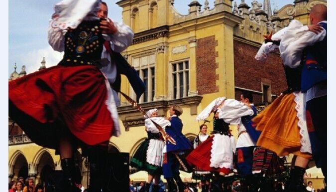 Туристическое агентство EcoTravel Автобусный тур «Выходные в средневековом Кракове» - фото 3