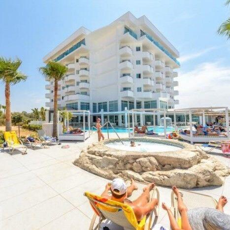 Туристическое агентство Вокруг Света Пляжный тур на Кипр, Айя-Напа, Tasia Maris Sands Hotel 3* - фото 1