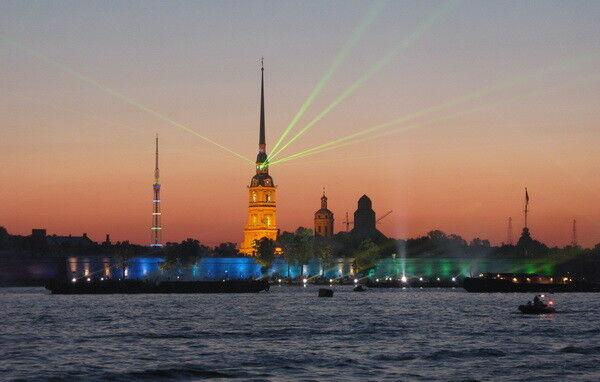 Туристическое агентство Золотой глобус Экскурсионный тур выходного дня в Питер - фото 2