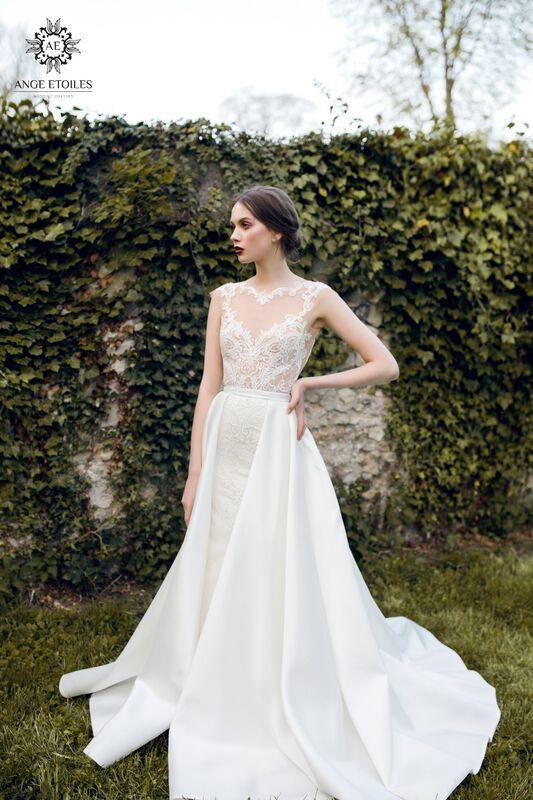 Свадебный салон Ange Etoiles Свадебное платье AEriality Collection Aurora - фото 1