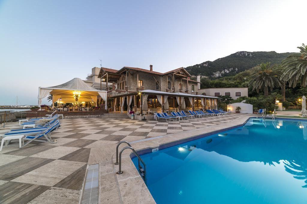 Туристическое агентство Jimmi Travel Пляжный авиатур в Италию, Лацио, Maga Circe 4* - фото 1