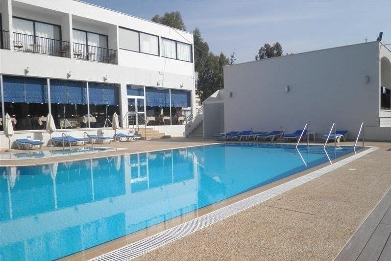 Туристическое агентство Санни Дэйс Пляжный авиатур на о. Кипр, Лимассол, Lobelia Park Beach Annex 3* - фото 1