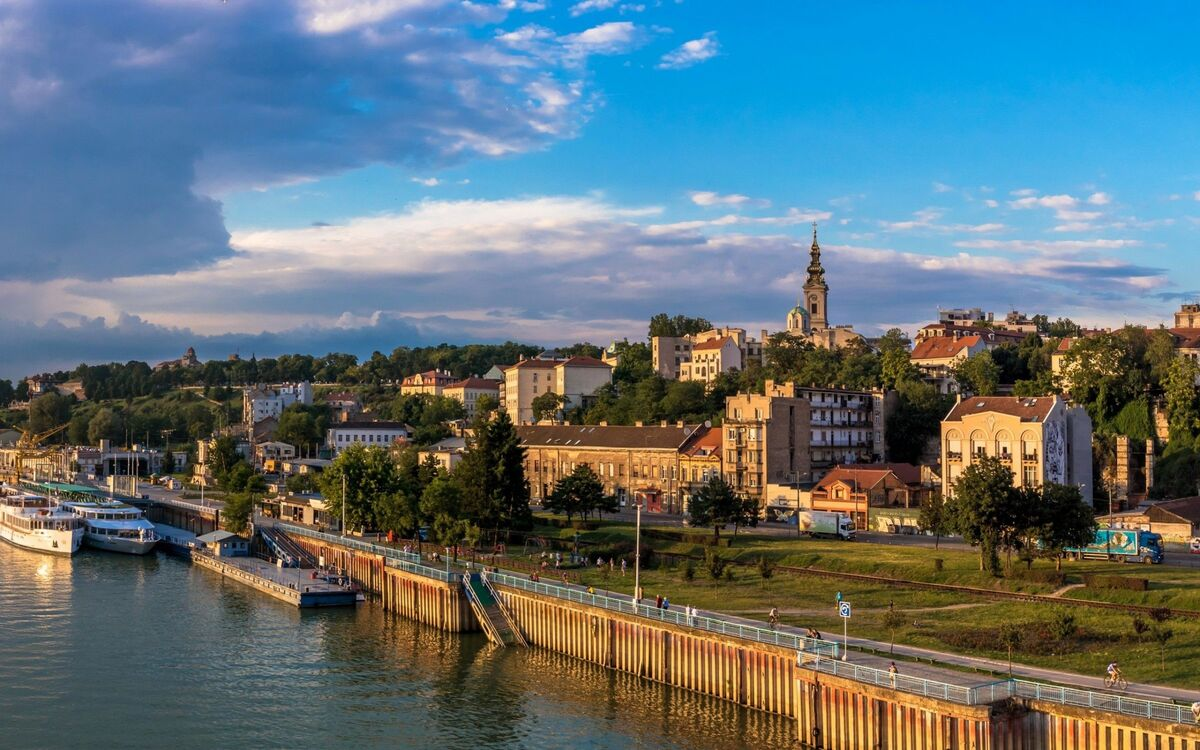 Туристическое агентство Боншанс Комбинированный автобусный тур TR2 «Отдых в Черногории + Европа» - фото 2
