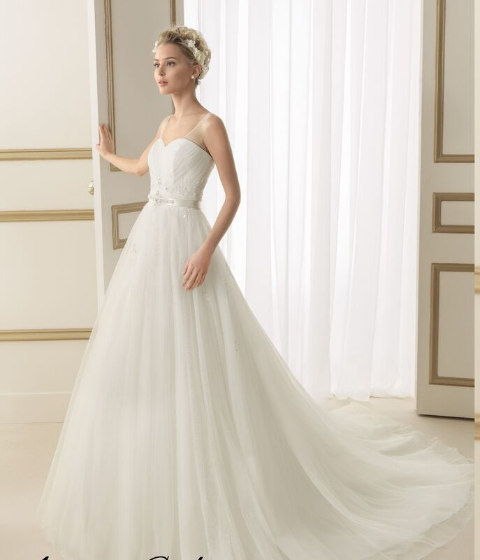 Свадебное платье напрокат Rosa Clara Платье свадебное Eloisa - фото 1