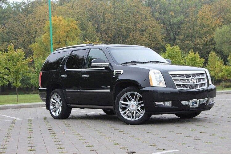 Прокат авто Cadillac Escalade - фото 1