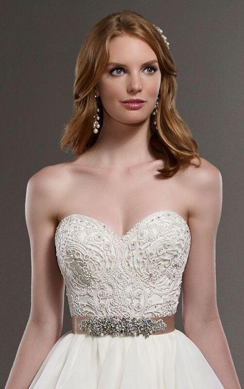 Свадебное платье напрокат Essense of Australia Платье свадебное Carys Scout - фото 3
