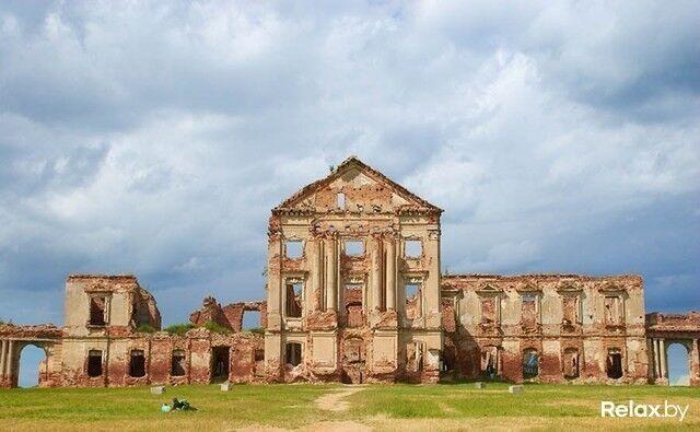 Достопримечательность Ружанский замок Фото - фото 2