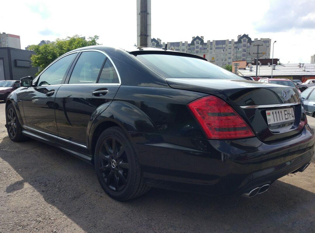 Аренда авто Mercedes-Benz S-класс W221 Черный - фото 4