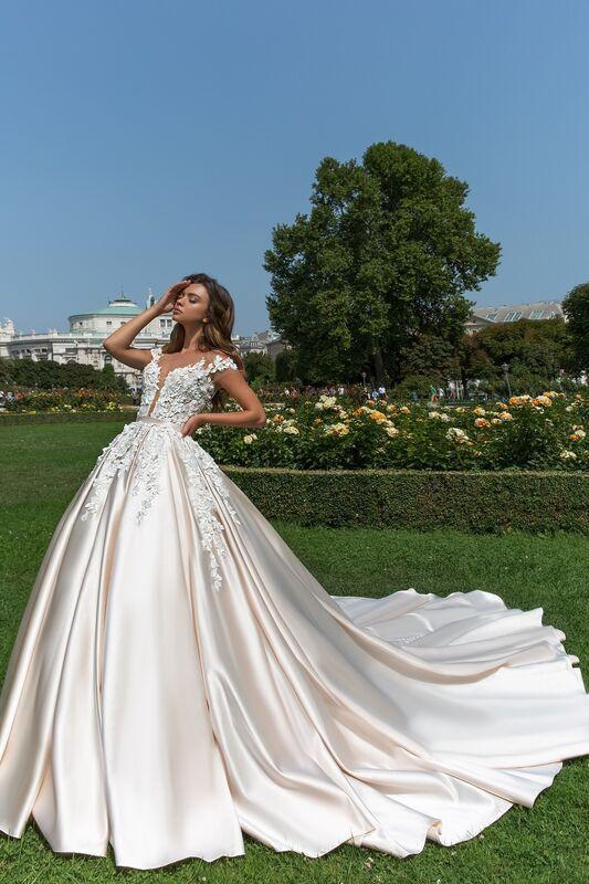 Свадебное платье напрокат Crystal Orianna - фото 1