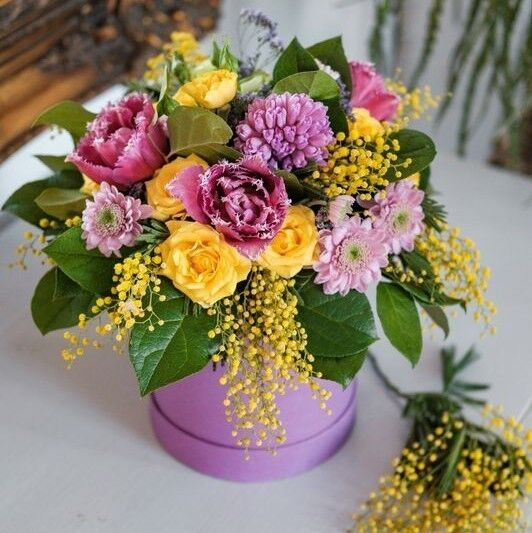 Магазин цветов Кошык кветак Букет - композиция в коробке №2 - фото 1