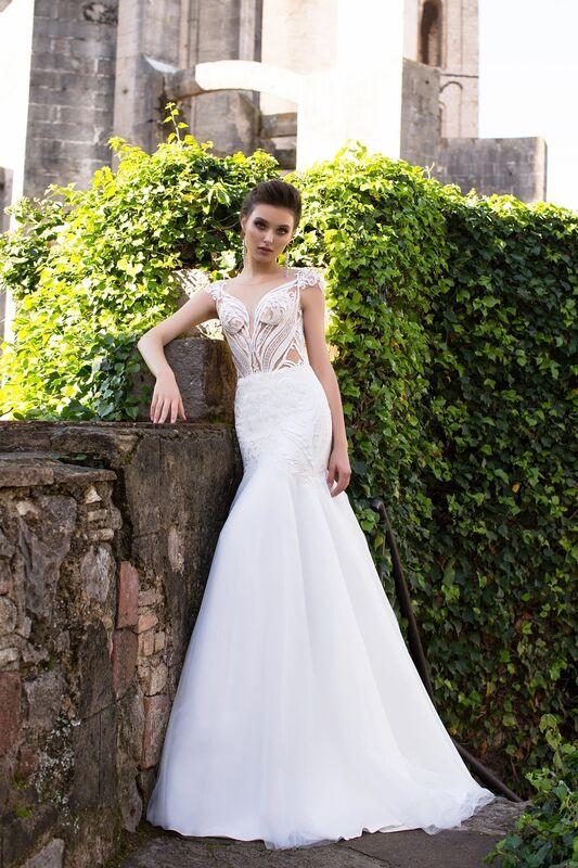 Свадебный салон Bonjour Galerie Свадебное платье «Klassa» из коллекции LA SENSUALITE - фото 1