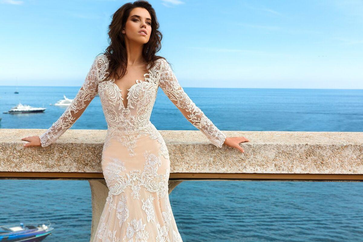 Свадебное платье напрокат Crystal Свадебное платье Rian - фото 2