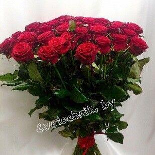 Магазин цветов Цветочник Букет из 55-ти роз - фото 1