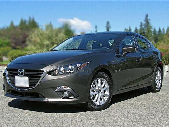 Прокат авто Mazda 3 2015 год - фото 2