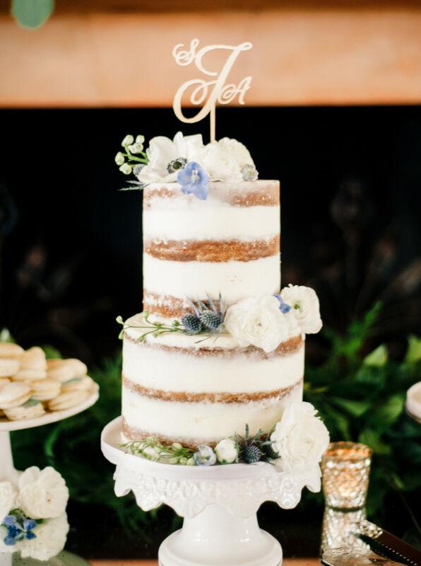 Торт DOLCE Свадебный торт «Великие мелочи» - фото 1