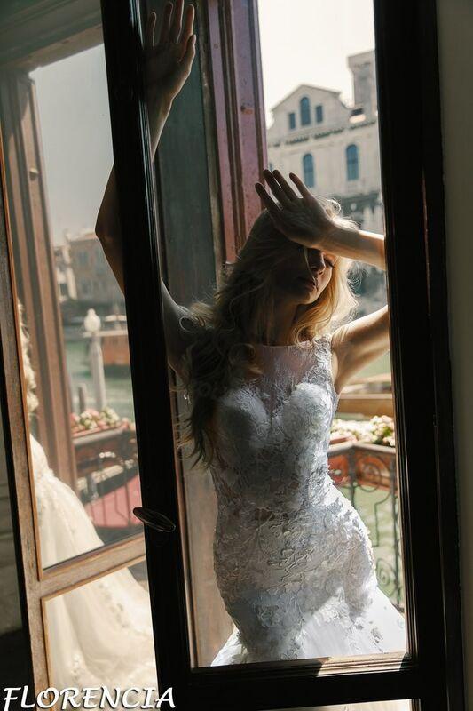 Свадебный салон Bonjour Galerie Свадебное платье Florencia из коллекции La Douceur - фото 6