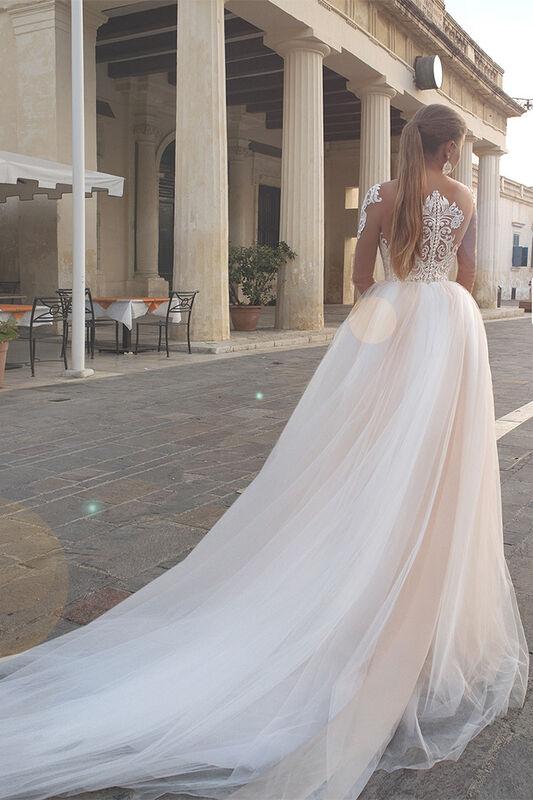 Свадебное платье напрокат Rafineza Свадебное платье Raichel напрокат - фото 2
