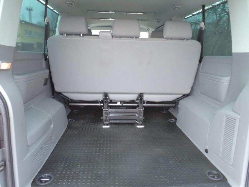 Аренда авто Volkswagen Caravelle T5 2009 г.в. - фото 6