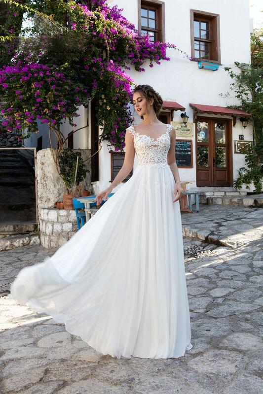 Свадебное платье напрокат Cosmobella Свадебное платье Bliss - фото 1