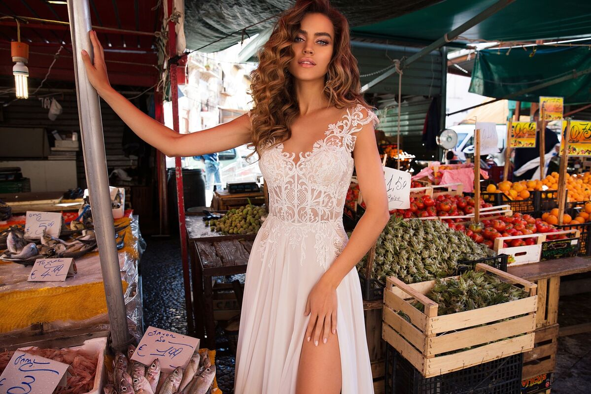 Свадебный салон Lussano Bridal Свадебное платье  Beatrice 18033 - фото 2