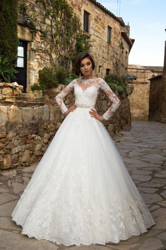 Свадебный салон Bonjour Galerie Свадебное платье «Silvana» из коллекции LA SENSUALITE - фото 1