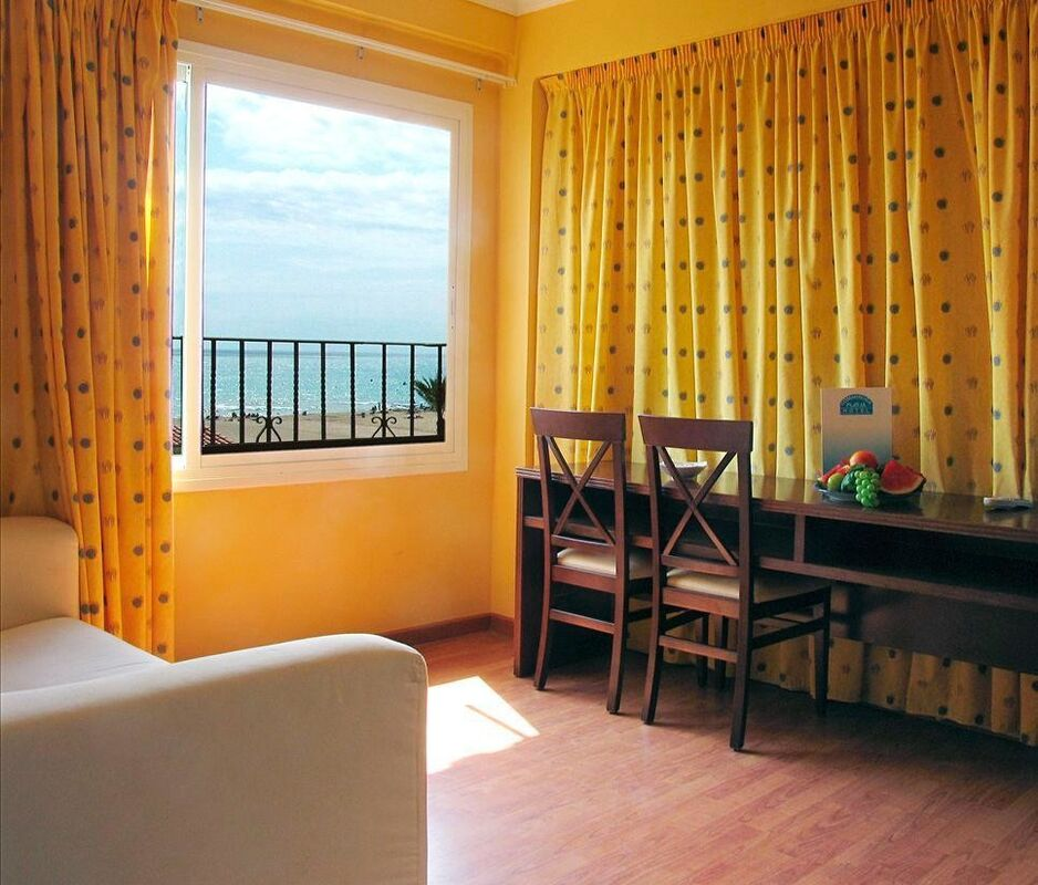 Туристическое агентство Санни Дэйс Пляжный авиатур в Испанию, Коста Дорада, Hotel Comarruga Platja 3* - фото 6