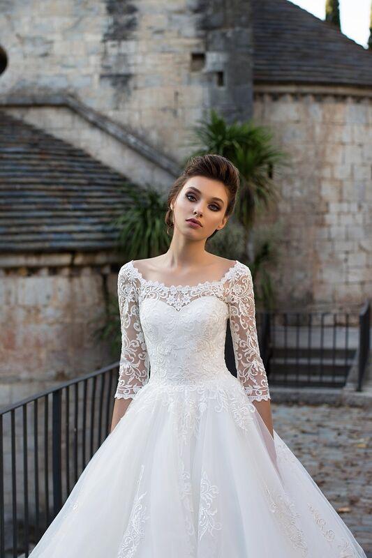 Свадебное платье напрокат Bonjour Платье свадебное «Adelfa» из коллекции LA SENSUALITE 2017 - фото 5