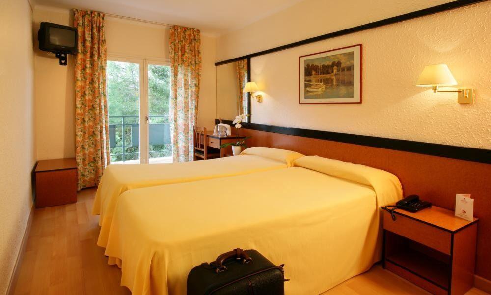 Туристическое агентство Санни Дэйс Пляжный авиатур в Испанию, Коста Брава, Guitart Central Park Aqua Resort 4* - фото 2