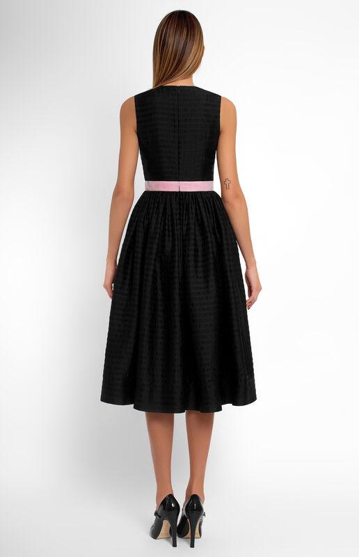Платье женское Pintel™ Приталенное платье из шёлка без рукавов Wilma - фото 2