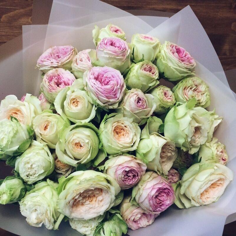 Магазин цветов Кошык кветак Букет классический кустовая роза №2 - фото 1