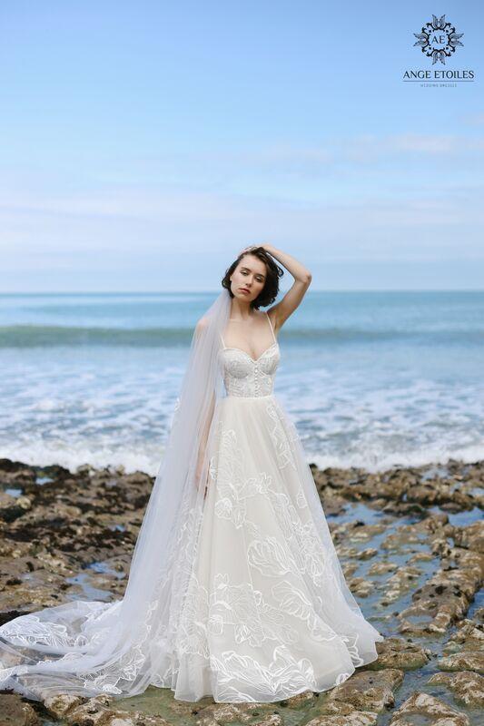 Свадебное платье напрокат Ange Etoiles Платье свадебное AEriality Collection  Larein - фото 1