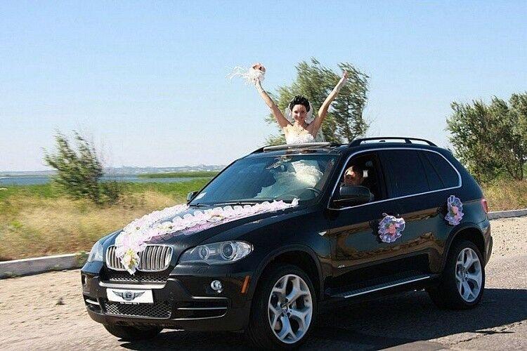 Прокат авто BMW X5 черного цвета - фото 1