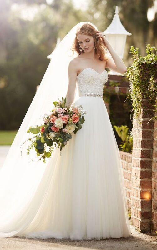 Свадебное платье напрокат Essense of Australia Платье свадебное Carys Scout - фото 1