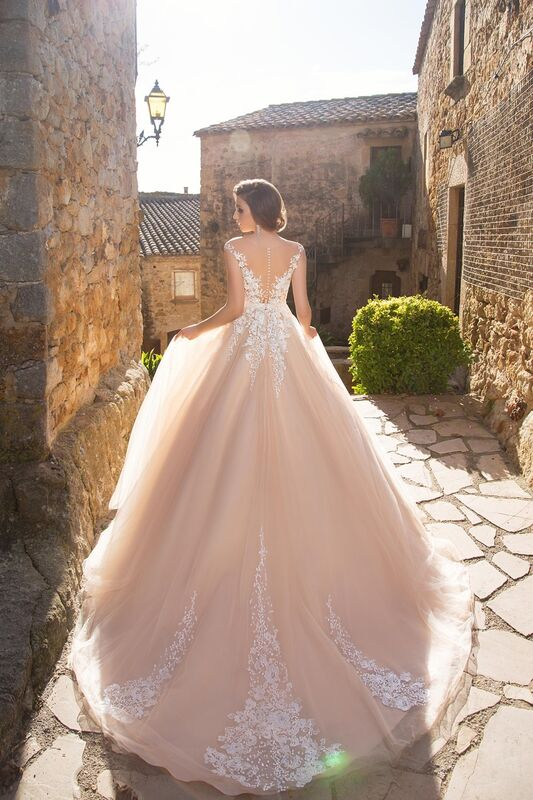Свадебное платье напрокат Bonjour Платье свадебное «Enrika» из коллекции LA SENSUALITE 2017 - фото 2