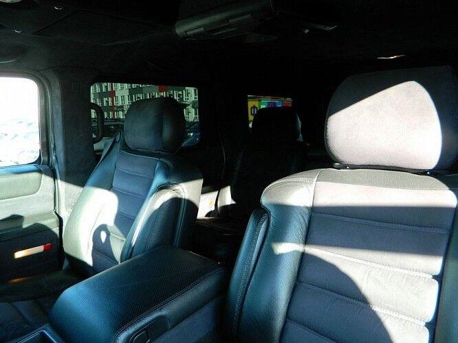Прокат авто Hummer H2 черного цвета - фото 3