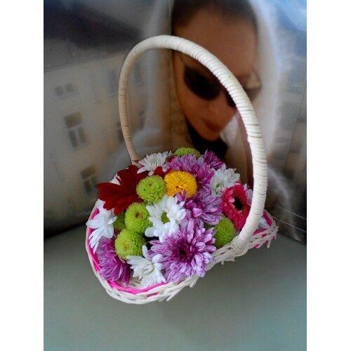Магазин цветов ХэппиФлора Цветочная композиция в корзинке №6 - фото 1